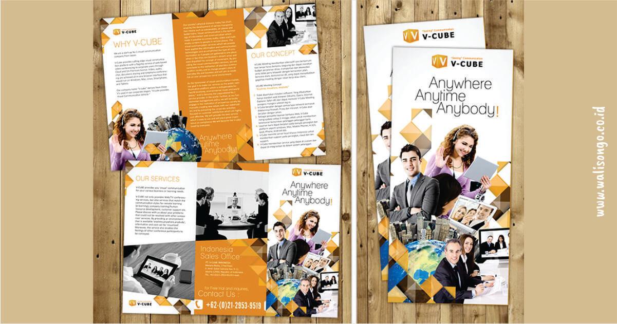 contoh brosur keren